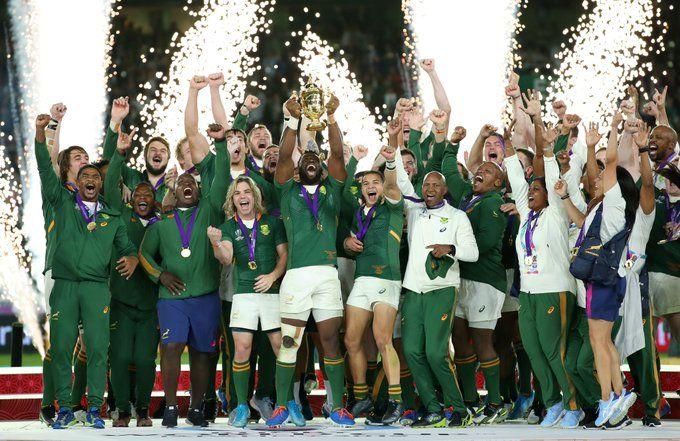Los Springboks levantaron el trofeo mundial